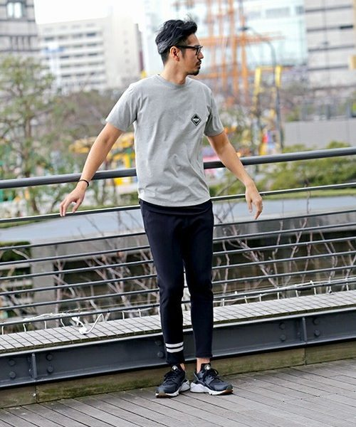BLACK LABEL ONE POINT LOGO TEE SNAP